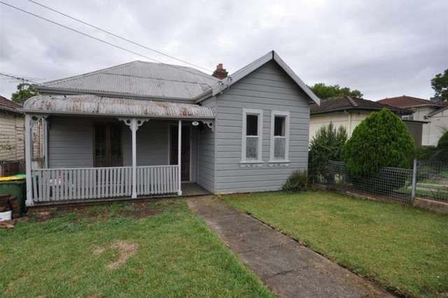 56 Cross St, Guildford NSW 2161