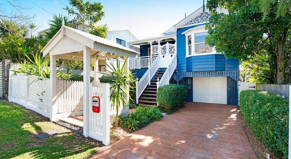 24 Akala Street, Camp Hill QLD 4152