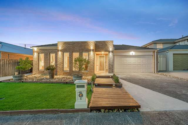 8 Locky Grove, Lyndhurst VIC 3975