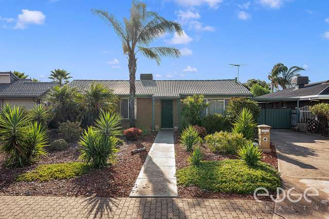 18 President Avenue, Andrews Farm SA 5114