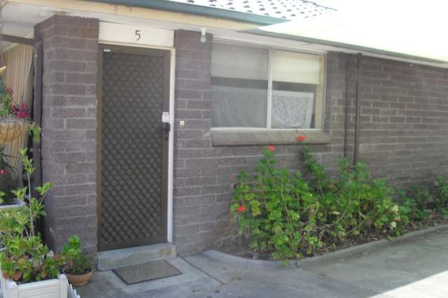 5/9-13 Ligar Street, Sunbury VIC 3429