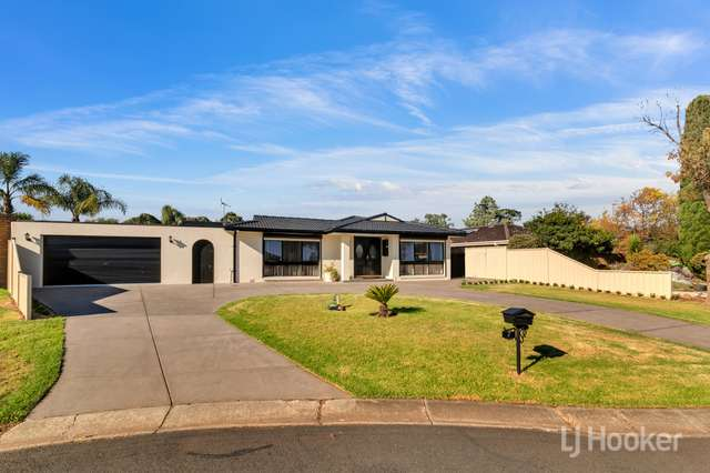 7 Rothesay Place, Melton West VIC 3337