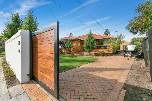 12 Whitby Way, Seaford VIC 3198