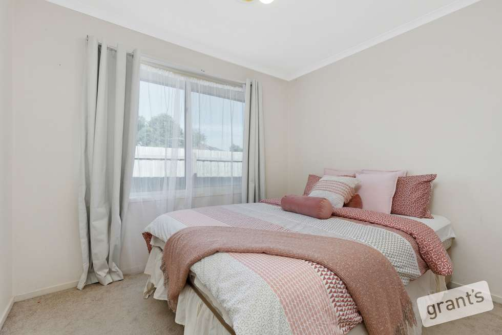 Fifth view of Homely house listing, 4 Riddleston Court, Narre Warren South VIC 3805