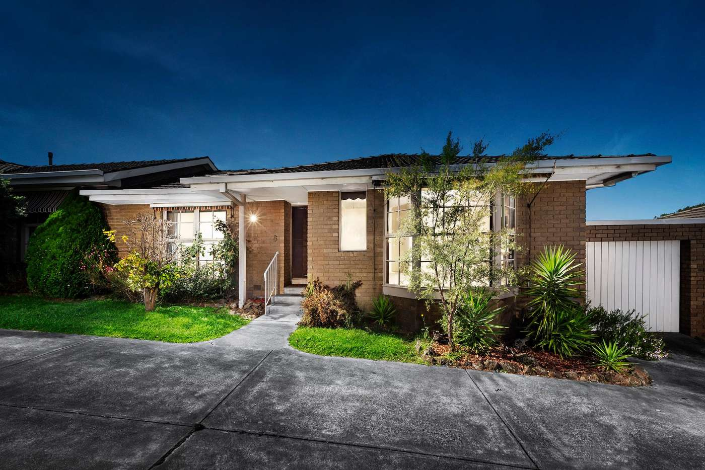 Main view of Homely house listing, 6/10 Wildwood Grove, Ringwood VIC 3134