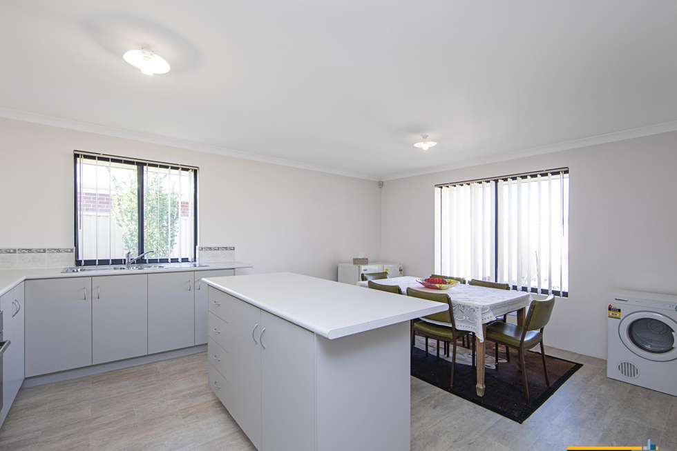 Fourth view of Homely house listing, 5 Chervil Bend, Wattle Grove WA 6107