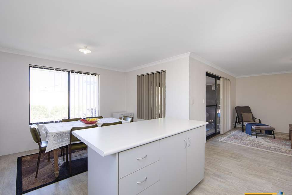 Fifth view of Homely house listing, 5 Chervil Bend, Wattle Grove WA 6107
