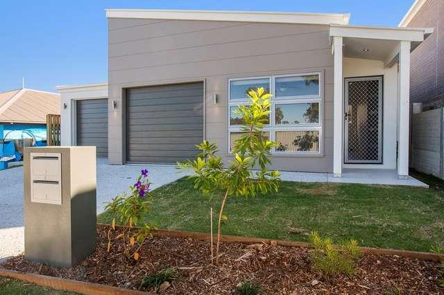 33 Eucalyptus Crescent, Ripley QLD 4306
