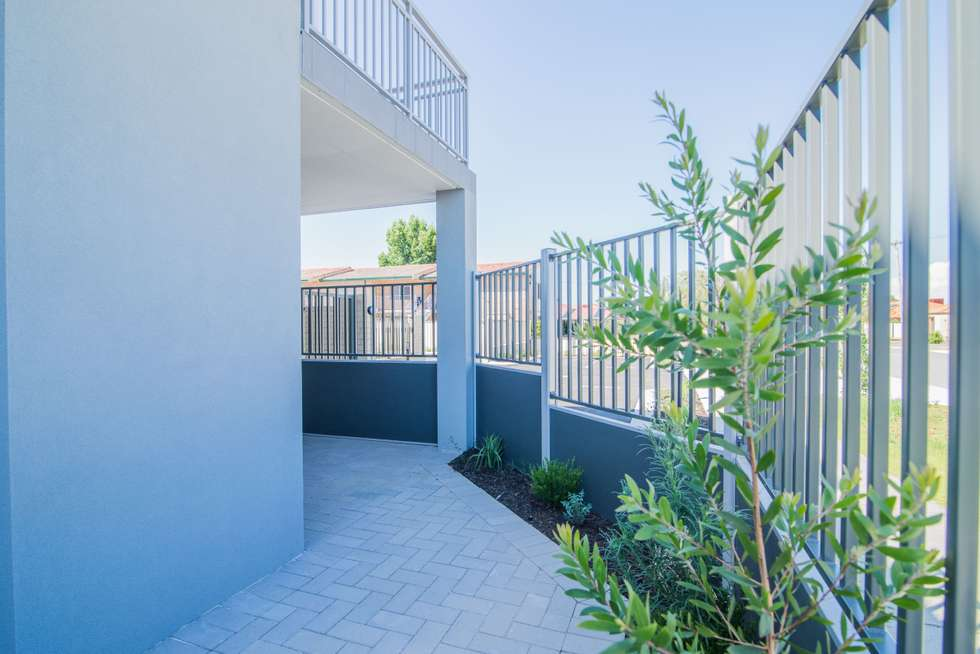 Fourth view of Homely house listing, 4/1 Acton Avenue, Bentley WA 6102