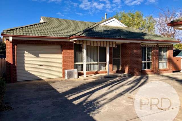 2/432 Bevan Street, Lavington NSW 2641