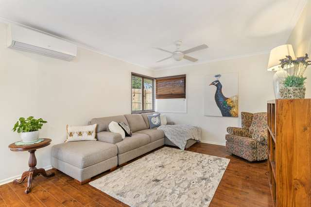 4 Currong Street, Kenmore QLD 4069