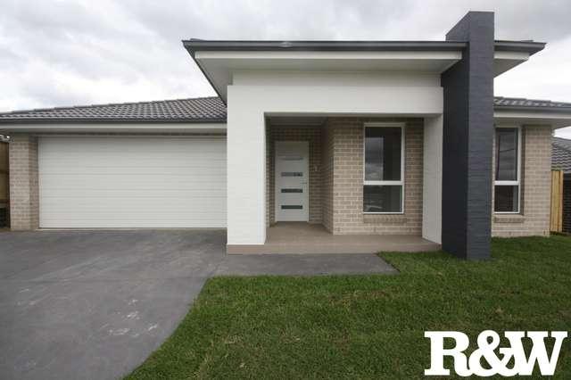 8 Dalrymple Street, Minto NSW 2566