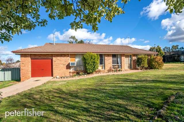 21 Hargraves Crescent, Orange NSW 2800