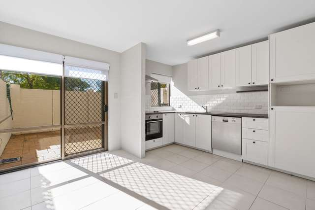 16/373 Canning Highway