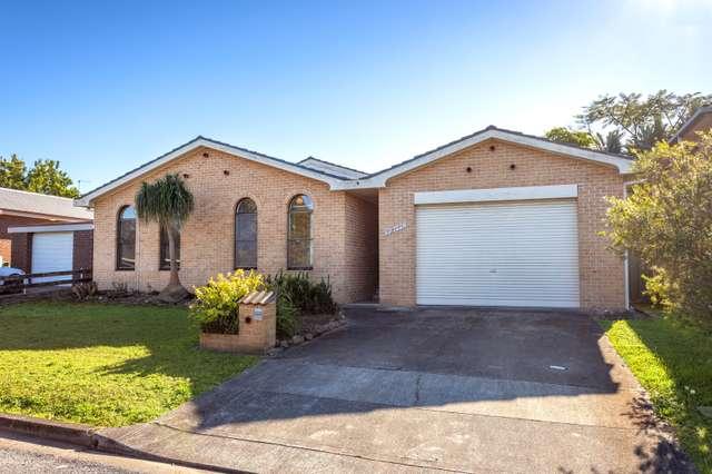 15 Wootton Crescent, Taree NSW 2430