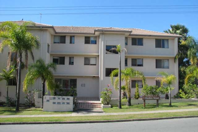 1/3 Garden Steet, Southport QLD 4215