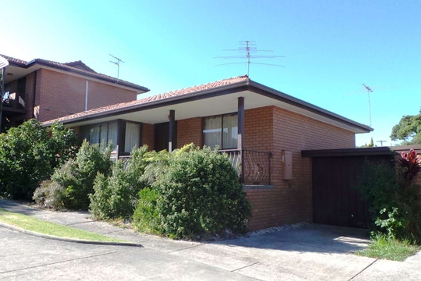 Main view of Homely unit listing, 8/37 Clyde Road, Berwick VIC 3806