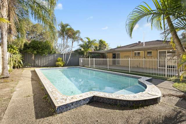 74 Broadwater Street, Runaway Bay QLD 4216