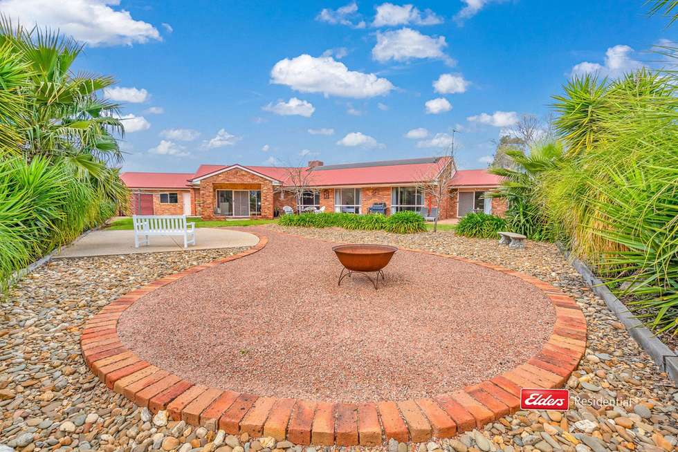 Third view of Homely house listing, 2 Kooyong Court, Echuca VIC 3564