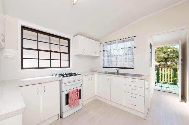 19 Tranters Avenue, Camp Hill QLD 4152