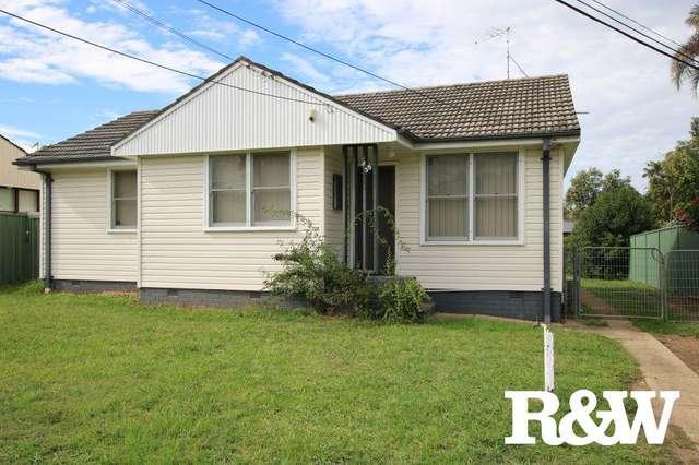 35 Feramin Avenue, Whalan NSW 2770