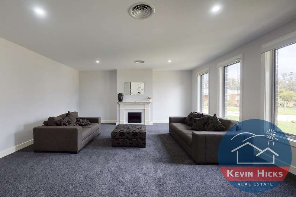 Fifth view of Homely house listing, 5 Oakland Road, Kialla West VIC 3631