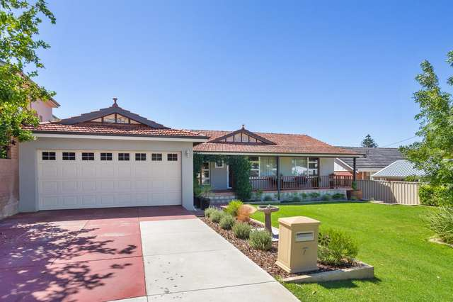 7 Young Street, Melville WA 6156