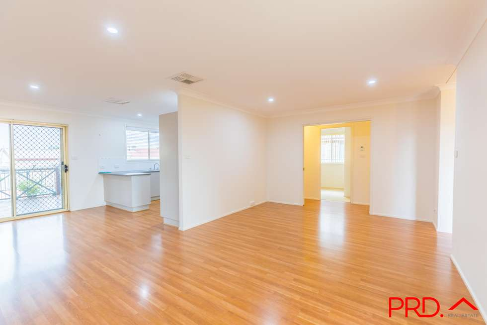 Fourth view of Homely house listing, 5 Giles Place, Tamworth NSW 2340