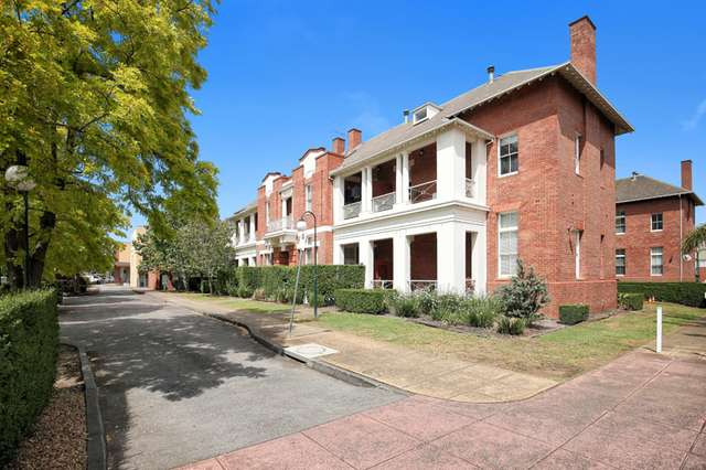 35 Gatehouse Place, Maribyrnong VIC 3032