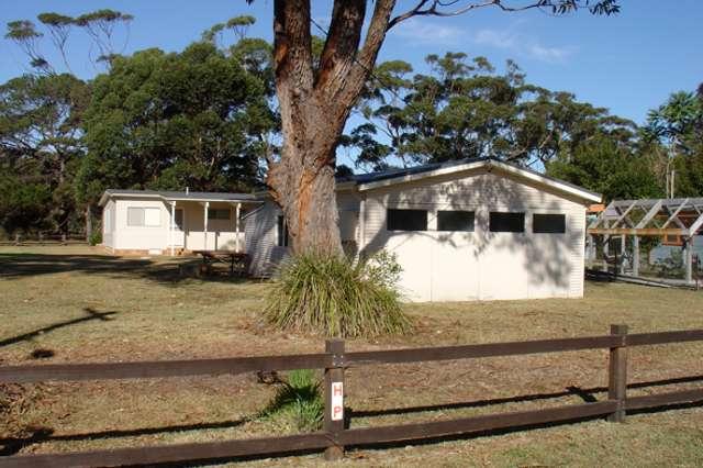 14 Oak Avenue, Lake Tabourie NSW 2539