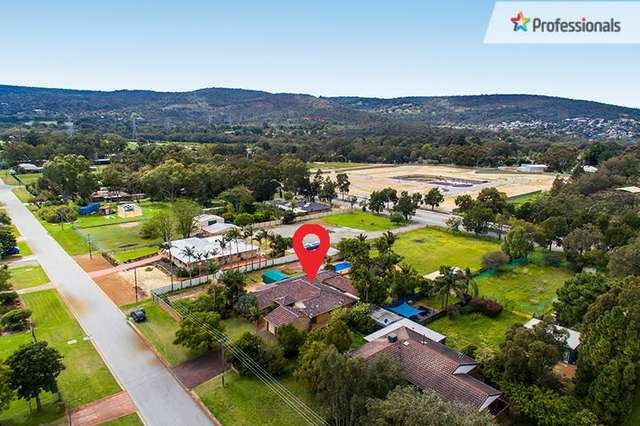 26 St Georges Ave, Champion Lakes WA 6111