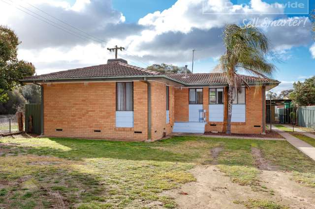 277 Fernleigh Road, Ashmont NSW 2650