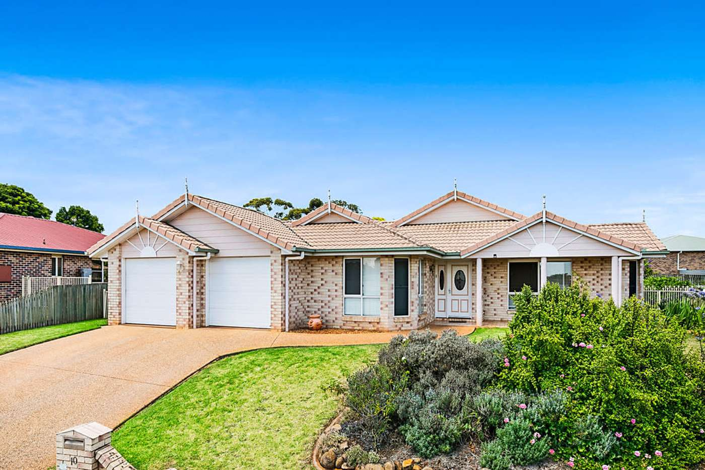 Main view of Homely house listing, 10 Daisy Court, Middle Ridge QLD 4350