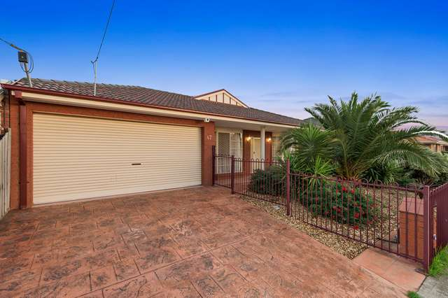47 Myers Pde, Altona Meadows VIC 3028