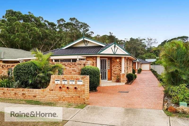 Main view of Homely villa listing, 1/39 Flathead Road, Ettalong Beach, NSW 2257