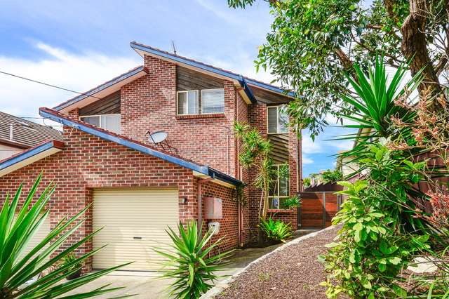 2/1b Yarra Road, Phillip Bay NSW 2036
