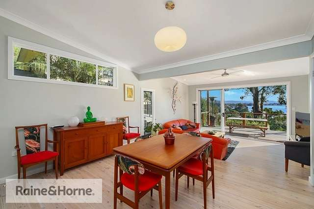7 Bay View Crescent, Blackwall NSW 2256