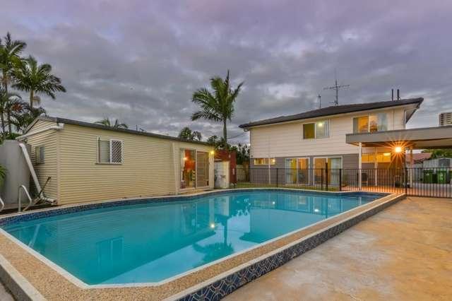 6 Aruma Avenue, Burleigh Waters QLD 4220