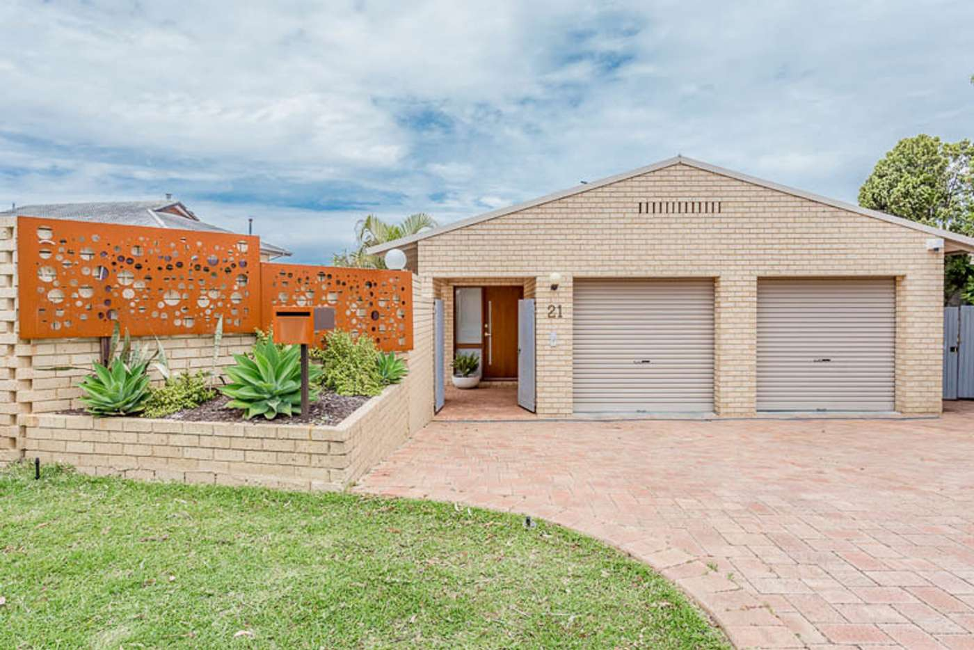 Main view of Homely house listing, 21 Unwin Crescent, Salter Point WA 6152