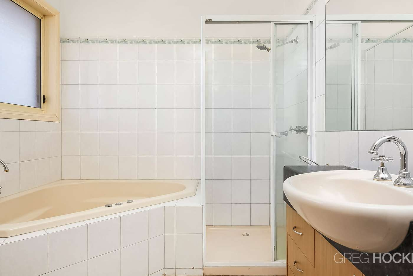 Seventh view of Homely house listing, 10 Springbank Court, Point Cook VIC 3030