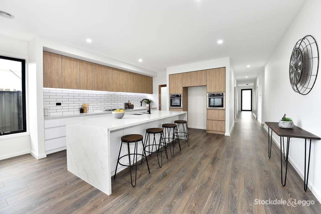 Main view of Homely house listing, 6 Olive Tree Loop, Craigieburn, VIC 3064