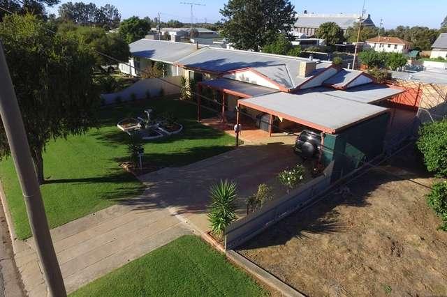 72 Coreen Street, Jerilderie NSW 2716