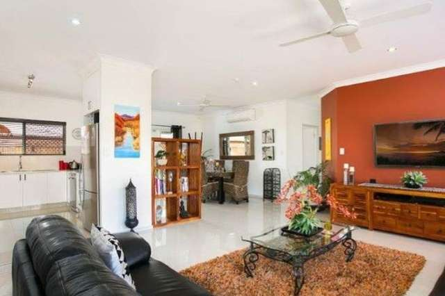 26 William Hickey Street, Redlynch QLD 4870