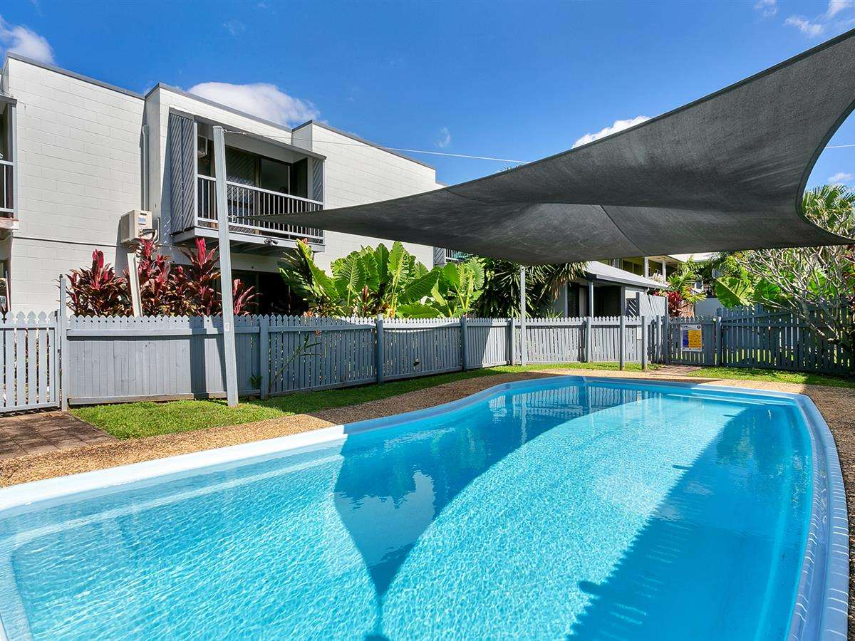 Main view of Homely unit listing, 1/10 Maytown Cl, Manoora, QLD 4870