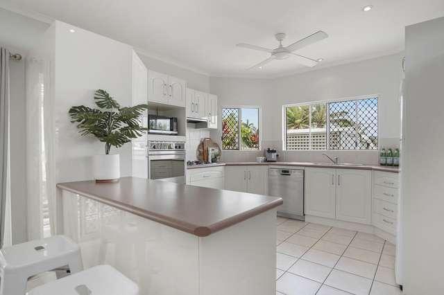 13 Woodmont Place, Mooroobool QLD 4870
