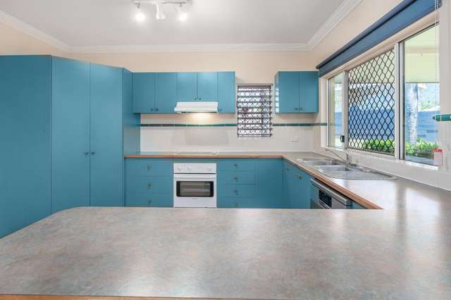 40 Village Terrace, Redlynch QLD 4870