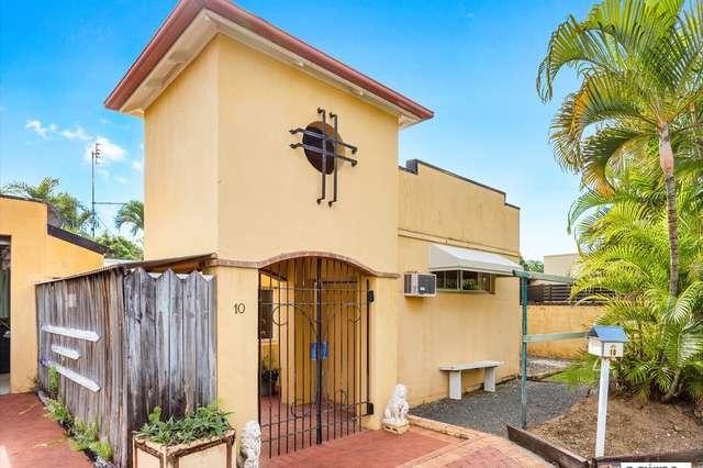 10 Opal Reef Court, Clifton Beach QLD 4879