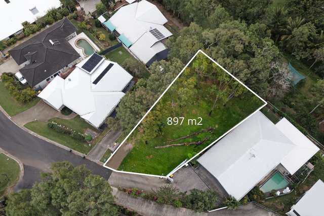 13 Eleanor Close, Mooroobool QLD 4870