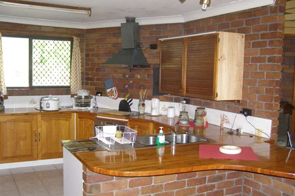 Third view of Homely house listing, 8 Sheoak Place, Cedar Grove QLD 4285