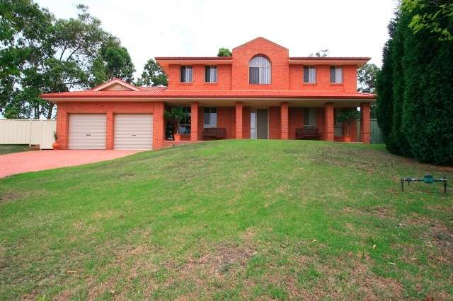 11 Castlemaine Close, Ashtonfield NSW 2323